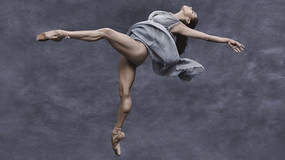 Танцовщица Мисти Коуплэнд